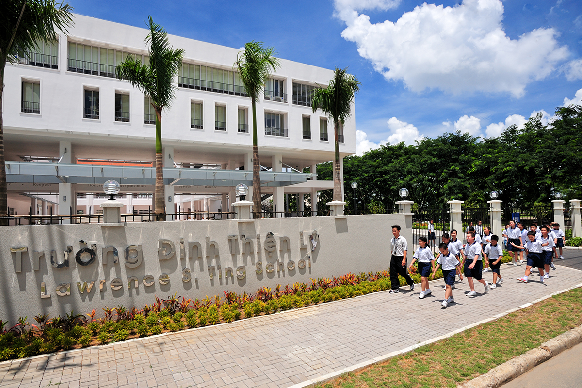 Trường học Đinh Thiện Lý