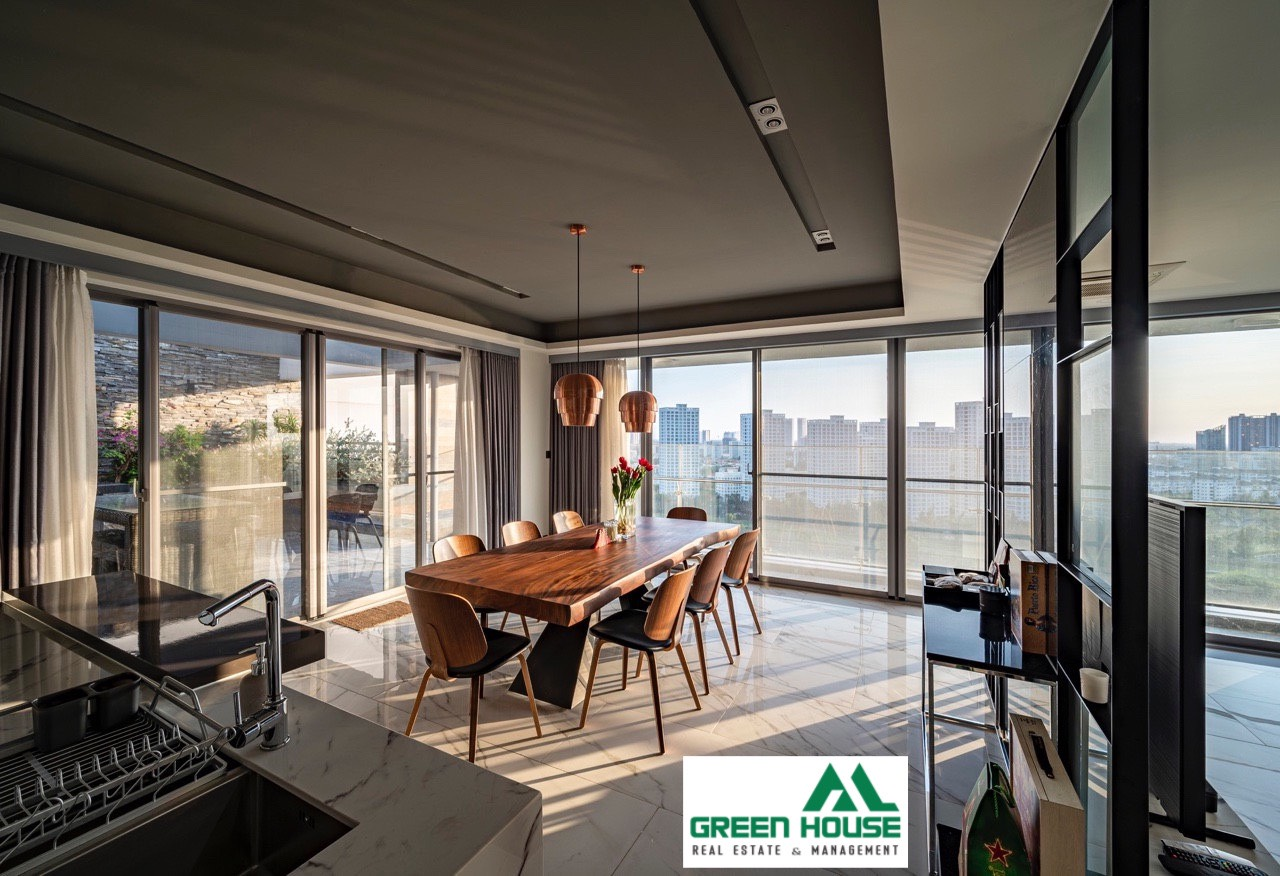penthouse green valley